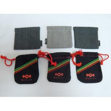 Оригинальные чехлы для вакуумных наушников